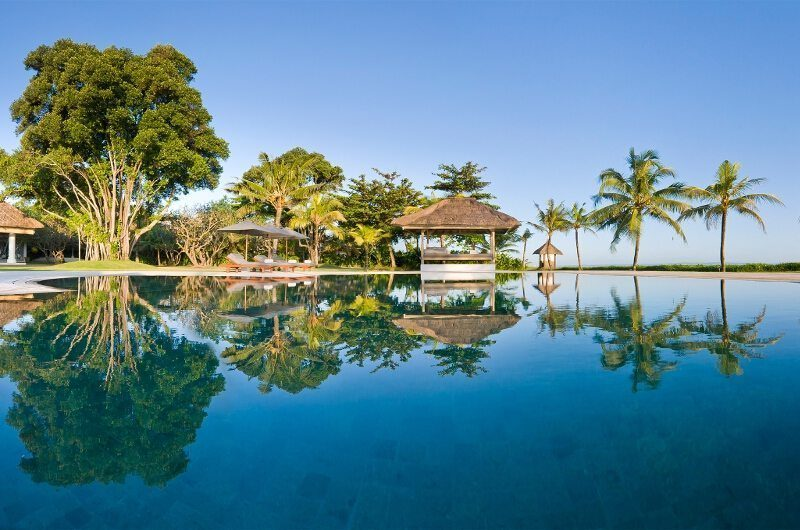 Villa Atas Ombak Infinity Pool | Batubelig, Bali