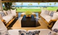 Villa Atas Ombak Living Area | Batubelig, Bali