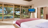 Villa Atas Ombak Guest Bedroom One | Batubelig, Bali