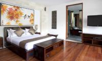 Villa Iskandar Bedroom with TV | Seseh, Bali