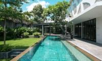 Villa Issi Reclining Sun Loungers | Seminyak, Bali