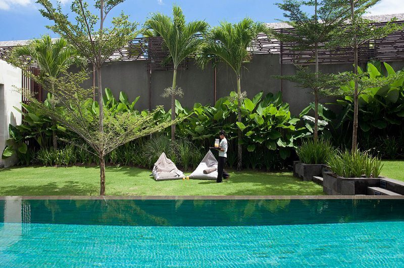 Villa Issi Pool Side Seating Area | Seminyak, Bali