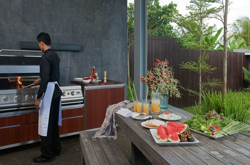 Villa Issi Outdoor Barbeque | Seminyak, Bali