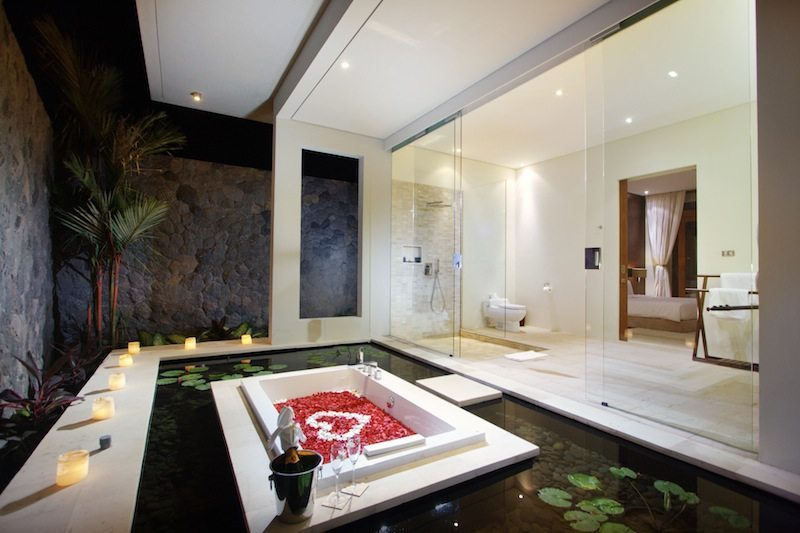 Villa Kalyani Bathroom I Canggu, Bali
