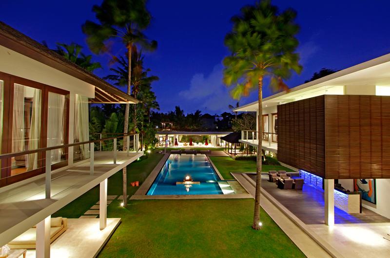 Villa Kalyani Outdoor Seating Area | Canggu, Bali
