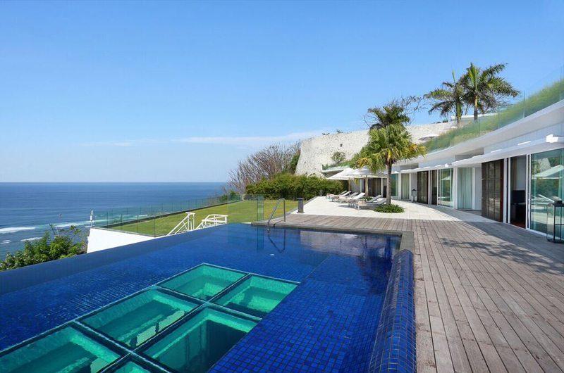 Villa Latitude Bali Swimming Pool | Uluwatu, Bali