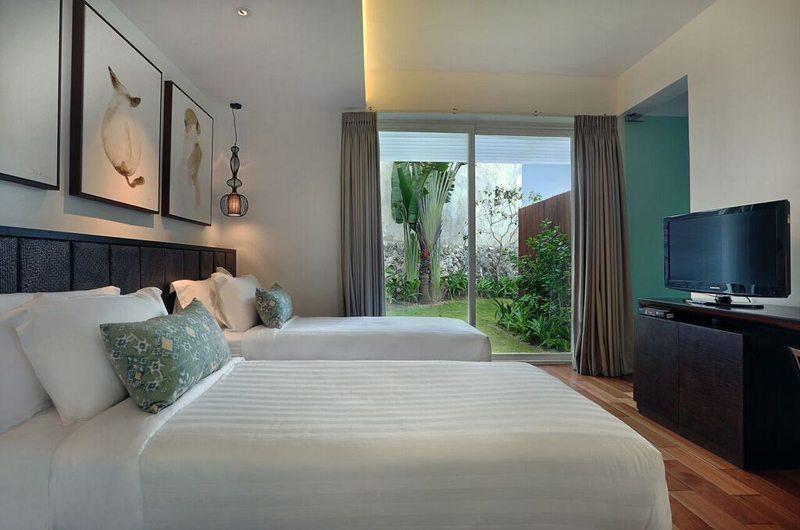 Villa Latitude Bali Twin Bedroom | Uluwatu, Bali