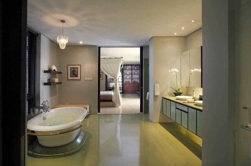 Villa Lilibel Bathroom   Seminyak, Bali