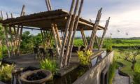 Villa Mandalay Outdoor Dining | Seseh, Bali