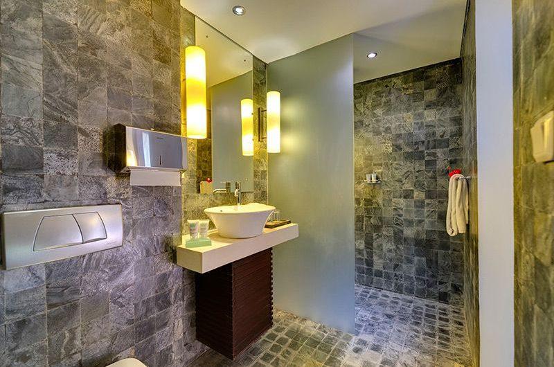 Villa Mandalay Bathroom | Seseh, Bali