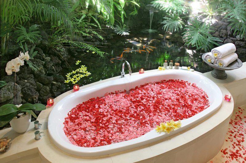 Villa Nalina Bathtub | Seminyak, Bali