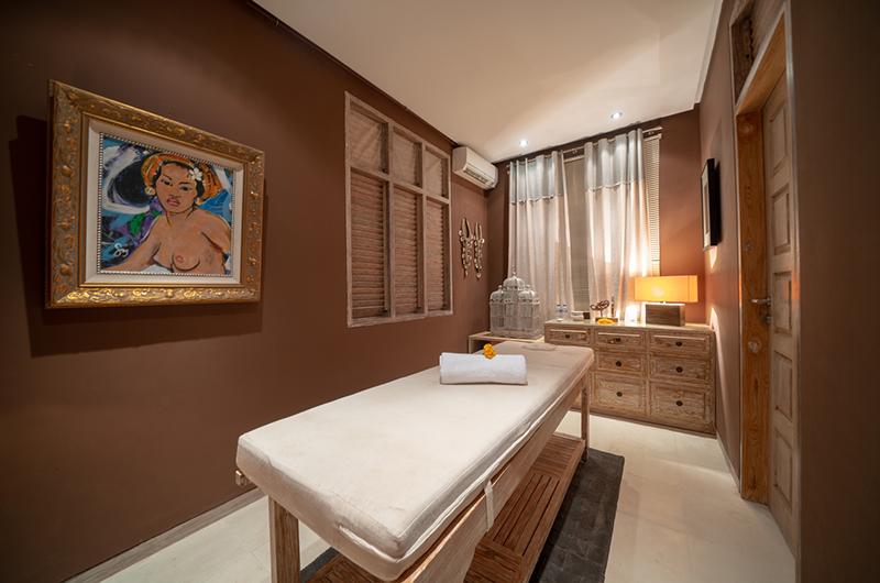 Villa Nalina Massage Bed | Seminyak, Bali