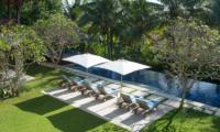 Villa Sabana Reclining Sun Loungers | Canggu, Bali