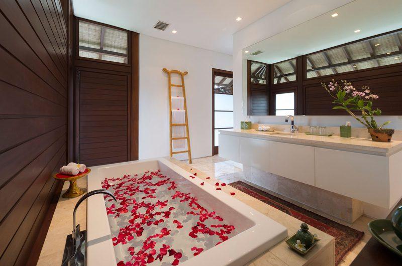 Villa Sabana En-suite Bathroom | Canggu, Bali