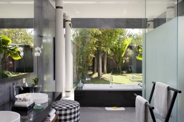 Villa Sally Master Bathroom | Canggu, Bali