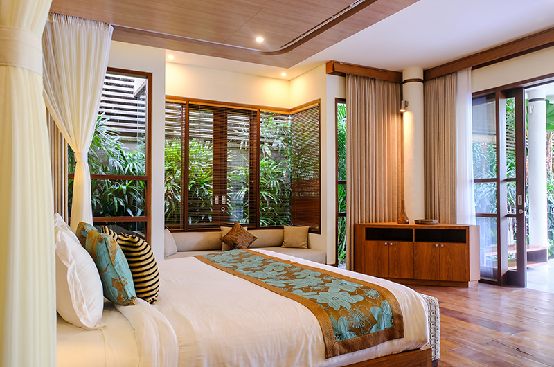 Villa Sally Master Bedroom with Seating | Canggu, Bali