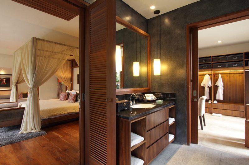 Villa Sarasvati En-suite Bathroom | Canggu, Bali