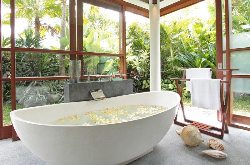 Villa Sarasvati Bathtub | Canggu, Bali