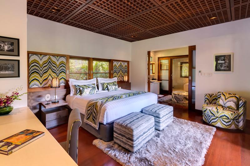 Windu Villas Villa Windu Sari Bedroom and Bathroom | Petitenget, Bali