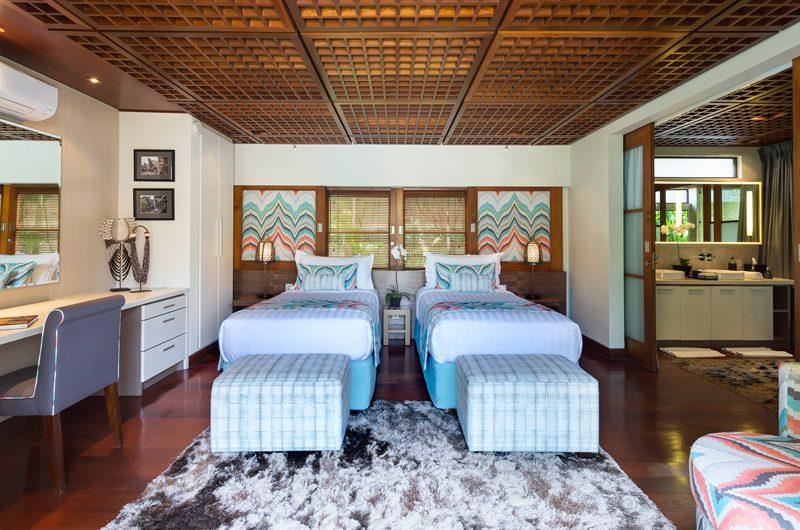 Windu Villas Villa Windu Sari Twin Bedroom with Study Table | Petitenget, Bali
