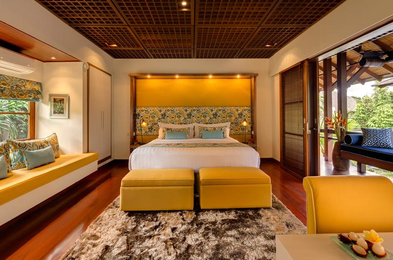 Windu Villas Villa Windu Sari Bedroom and Balcony | Petitenget, Bali