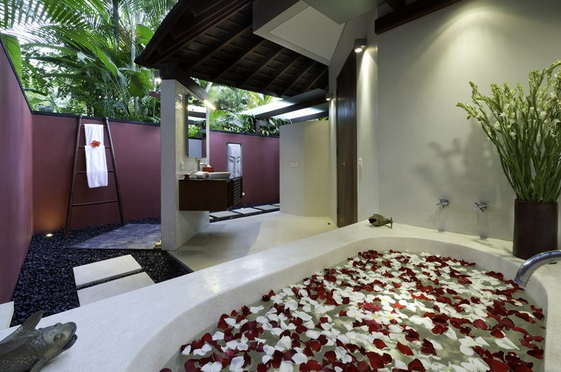 Villa Anandita Romantic Bathtub Set Up | Lombok, Indonesia