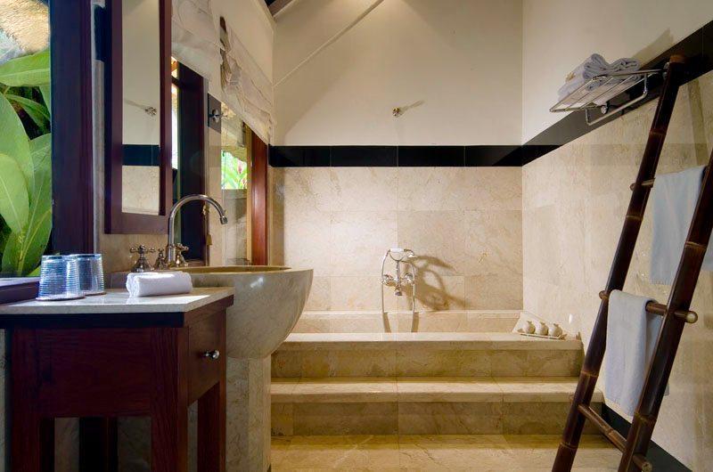 Alamanda Villa Bathroom | Ubud, Bali