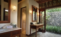Alila Ubud Villas Valley Villa Bathroom | Ubud, Bali