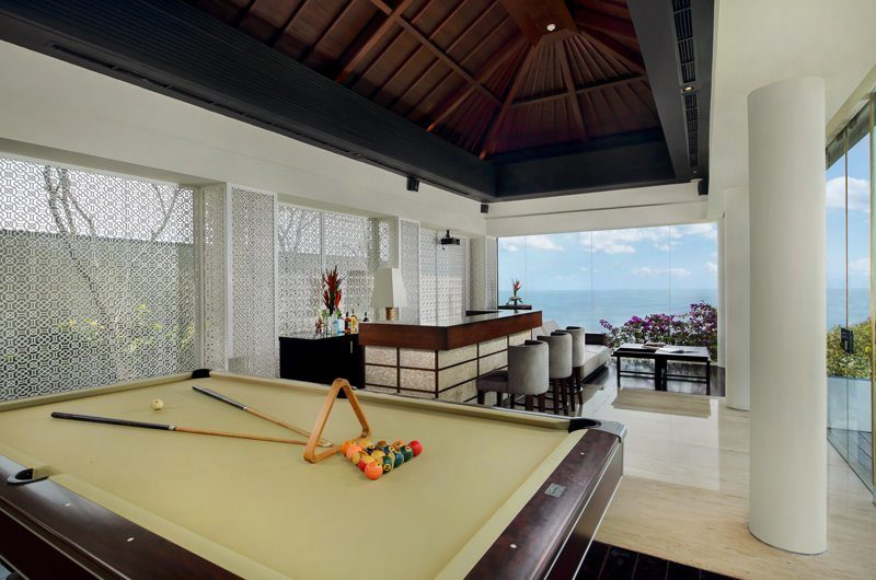Banyan Tree Ungasan Pool Table | Uluwatu, Bali