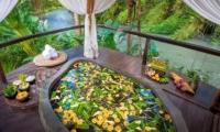 Fivelements Bathtub | Ubud, Bali