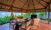 Mayaloka Villas Poolside Dinning | Petitanget, Bali