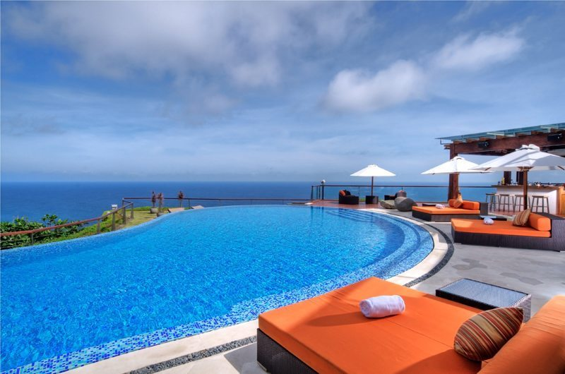 The Edge Swimming Pool | Uluwatu, Bali