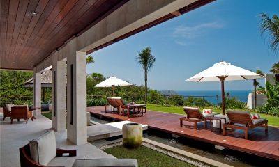 The Edge Sun Deck   Uluwatu, Bali