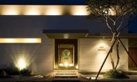 The Seiryu Villas Entrance   Seminyak, Bali