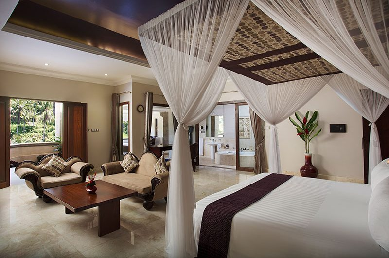 Viceroy Bali Bedroom and En-suite Bathroom | Ubud, Bali