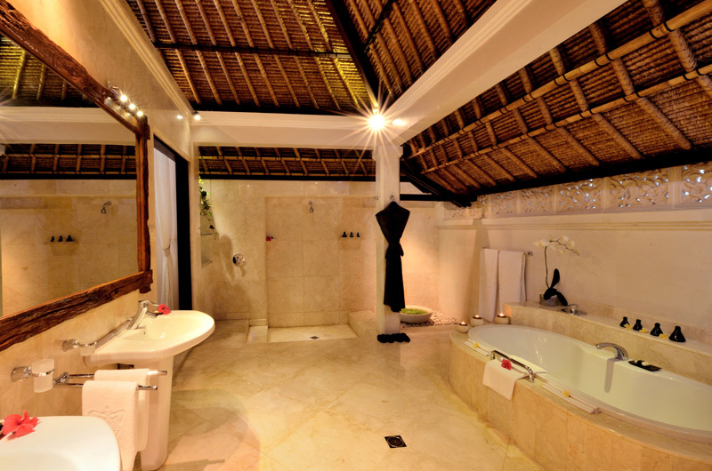 Viceroy Bali Vice Regal Villa Bathroom One | Ubud, Bali
