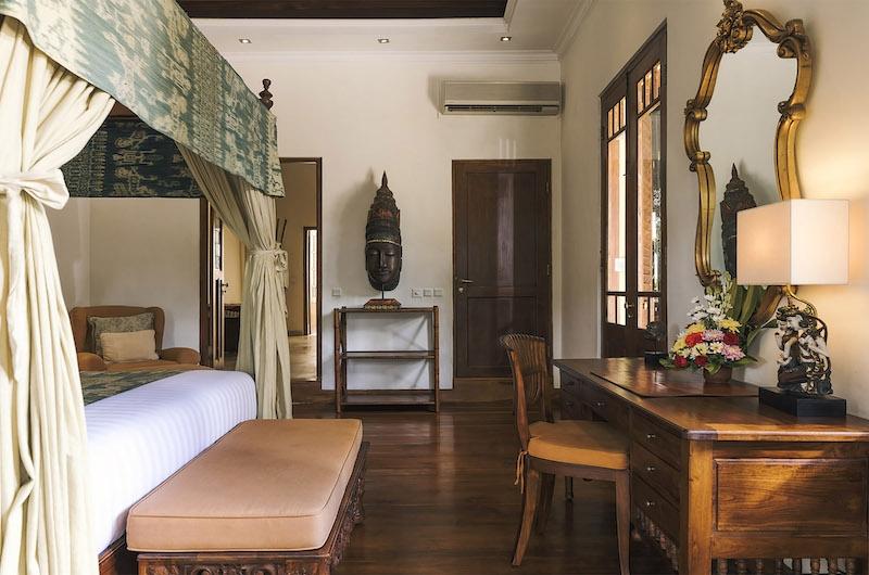 Villa Mako Bedroom with Study Table | Canggu, Bali