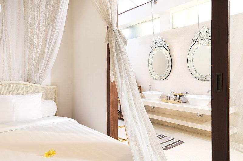 Villa Mako Bedroom with Enclosed Bathroom | Canggu, Bali