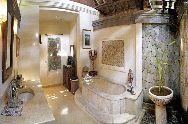 Villa Ria Sayan Bathroom | Ubud, Bali