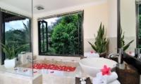 Villa Semana Bathroom I Ubud, Bali