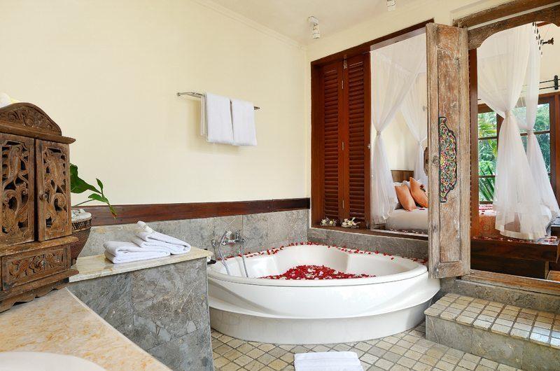 Villa Semana Ensuite Bathroom I Ubud, Bali