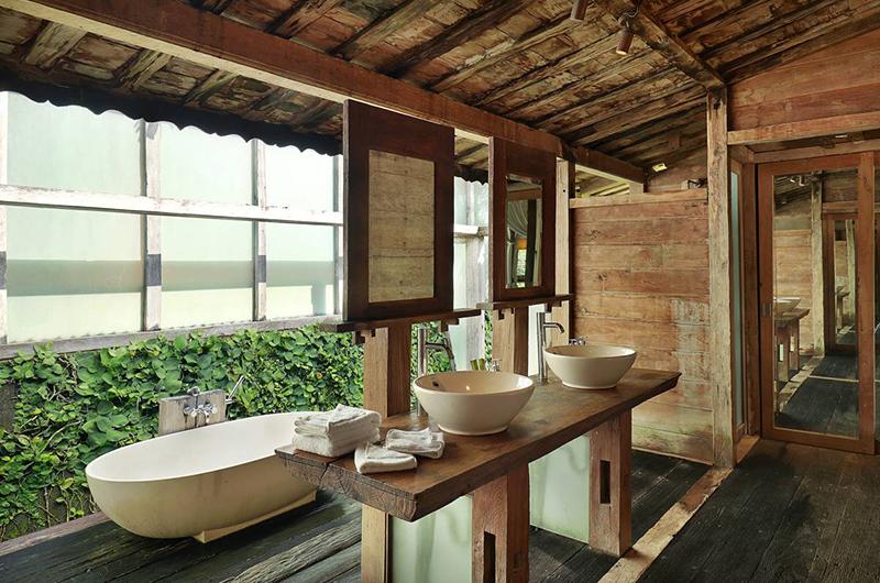 Impiana Cemagi Joglo Villa Bathroom | Seseh, Bali
