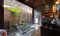 Majapahit Beach Villas En-suite Bathroom | Sanur, Bali