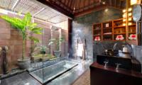 Majapahit Beach Villas Raj Sunken Bathtub | Sanur, Bali