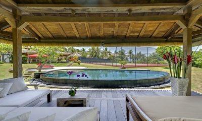 Ombak Laut Pool Bale | Seseh-Tanah Lot, Bali