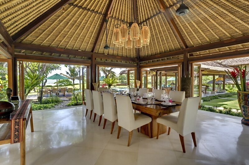 Ombak Laut Dining Area   Seseh-Tanah Lot, Bali