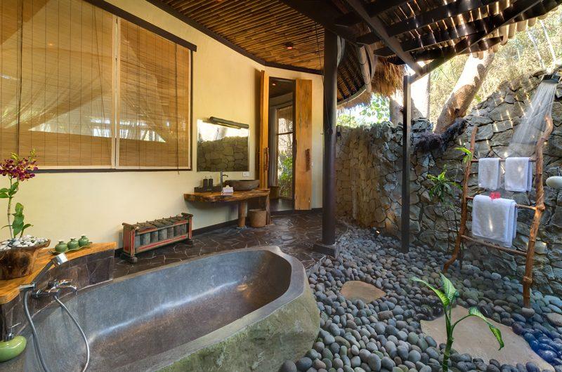 Taman Ahimsa Bathtub | Seseh-Tanah Lot, Bali