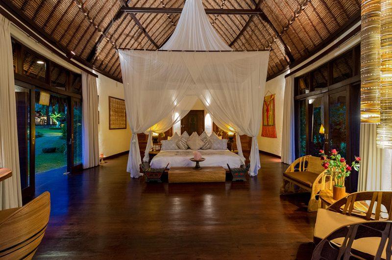 Taman Ahimsa Master Bedroom | Seseh-Tanah Lot, Bali