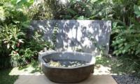 Villa Amy Outdoor Bathtub | Canggu, Bali