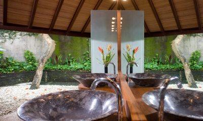 Villa Bali Bali Twin Bathroom | Umalas, Bali